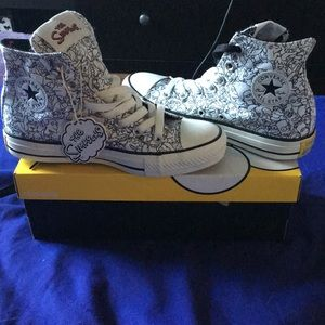 NWT LIMITED EDITION The Simpson's converses